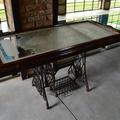 Tavolo legno e ghisa del 900